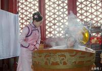 《獨步天下》最新劇情:東哥沐浴時昏倒 皇太極安慰代善