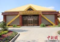 中國首家戈壁紅駝藝術館落地內蒙古烏拉特後旗