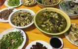 中秋和男友回家,未來婆婆燒了20多個菜,鄰居一來讓我很尷尬!