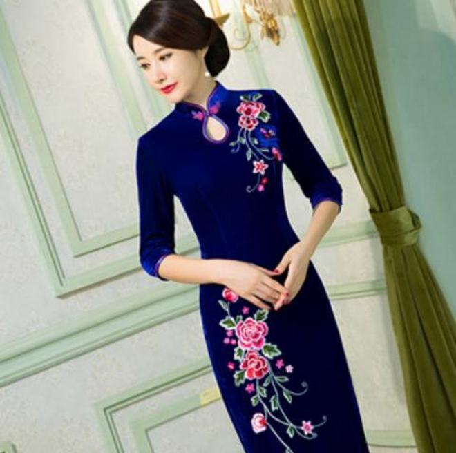 劉詩詩這款旗袍太美了,我也想來一條,讓迷人的身姿美麗綻放!