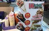 孩子想吃卡巴卷,花8元在曼谷街頭買了一個!裡面竟有五款醬料!