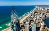黃金海岸是澳大利亞的假日遊樂勝地,位於澳大利亞的東部沿海