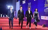 王大雷、曾誠與顏駿凌一起走中超頒獎紅地毯,三位國門非常帥氣