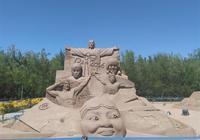 金昌紫金花海烈日下的沙雕
