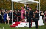 論極致優雅,91歲的英國女王真的是活體示範