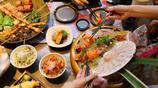 在廈門知名日料店,吃霸氣壽司船,10來種壽司70多粒吃到撐