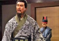曹營第一高的謀士不是荀彧荀攸賈詡郭嘉 曹操跟他說話也得仰著臉