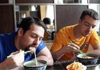 法國美女學了一道中國菜,回國後家人都懵了:這是絕世美味嗎?