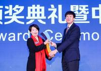 致敬船長!郭川成為入選中國帆船榮譽殿堂第一人 妻子代其領獎