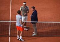 法國網球公開賽主裁的一天