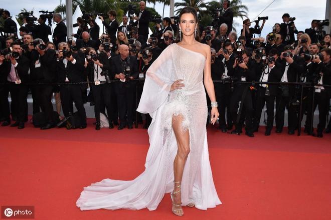 戛納紅毯哪個國家女星最有看點?籍籍無名網紅令人意料不到
