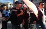 鄧超為孫儷打傘自己淋溼,李晨用傘替冰冰擋光最後吳亦凡好甜啊