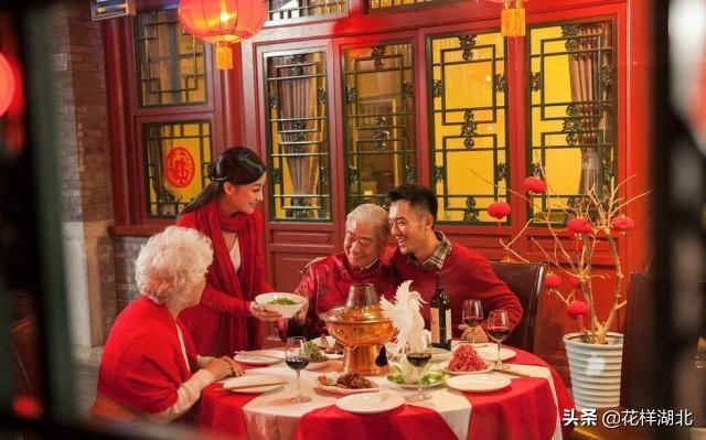 福建人過年吃海鮮,湖北人過年吃米飯,過年期間你在老家吃的啥?