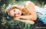 """童話裡的""""長髮公主""""長什麼樣?俄羅斯攝影家這組作品太貼切了"""