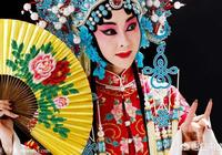 年輕人突然喜歡聽京劇了,是什麼原因?