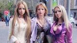烏克蘭一家人痴迷芭比娃娃,結果都整容成了芭比娃娃的模樣