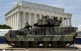 美獨立日慶典前夕布拉德利戰鬥車吸睛 民眾吐槽:辦場秀也太貴了