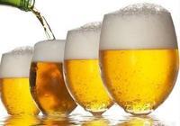 喝啤酒以後,有人快速就上衛生間,有人喝了八瓶十瓶才動身。到底哪種對身體好?