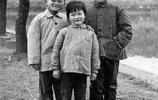 老照片:圖1希特勒自殺前和愛娃合影,圖3男孩幾十年後成中國首富