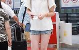 前中國女排隊長機場美照美照 大長腿氣質優雅 戴口罩儼如娛樂明星