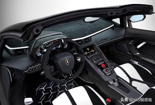 蘭博基尼最強量產V12——Aventador SVJ敞篷版