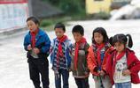 農村學校——留守兒童家園:1位老師,15個學生,月工資1800元