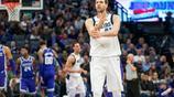獨行俠和北京男籃舉行NBA季前賽,諾天王小丁不上場,東契奇首秀