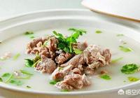 怎樣在家燉出又白又香的羊肉湯?