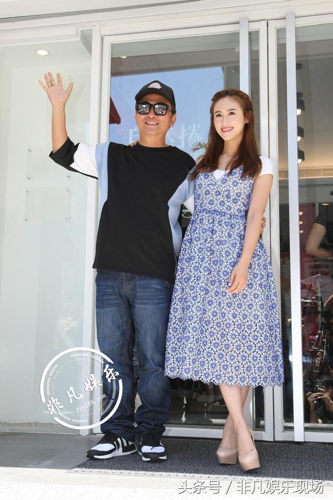 吳宗憲與女兒合開店 美豔程度不輸明星