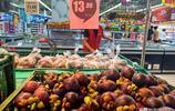 專家預言水果價格下降,來超市看看,應季西瓜大桃價格什麼水平?