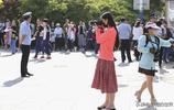 今天高考,全國超1000千萬考生步入考場,眾多瞬間場面感人