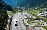 全球最深隧道,砸800億花近20年建完,結果只節省了一個小時車程