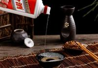 國人在日本不搶馬桶蓋改搶購茅臺酒了?網友:價格便宜