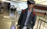 隨便戴個墨鏡穿就能把機場變T臺,林俊杰就算帽子很醜也不忘耍帥