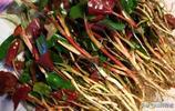 農村有這樣一種野菜,不論男女老少都喜歡吃,城裡火鍋串串常吃到