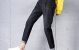 這才是今年超流行的牛仔褲,女人穿上就變有範,不俗不媚