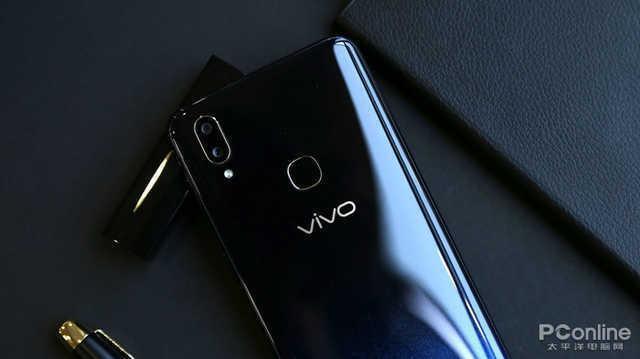 顏值與性能全都有,這些千元級手機考慮下