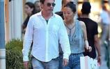 鞏俐攜71歲法國男友大秀恩愛,電影女王鞏俐,如今被寵成18歲女孩