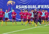 國足週末在武漢集訓,曾誠:家鄉球迷很熱情,時刻在關注武漢足球