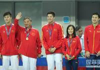 高清全運會游泳男子400米個人混合泳頒獎儀式