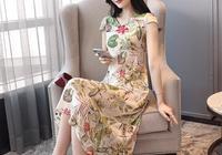 頭回見這麼美的香雲紗裙,五六十歲女人穿,比小衫時髦還美嫩