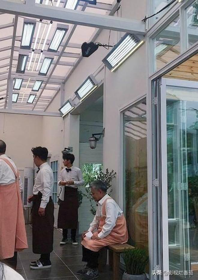 黃渤退出《極限挑戰》,參加了新綜藝,網友:有意義暖心的節目!