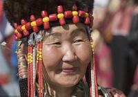 蒙古族頭飾,蒙古族女人一生的祕密