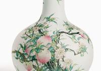 雍正乾隆大帝時期的蓋世粉彩、黃釉、青花、藍釉鬥彩——天球瓶