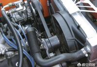 汽車尾氣檢測站檢測過程中,用力加大油門貨車散熱器和風扇一併損壞,是什麼原因引起的?
