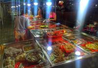 """【深夜食堂】說不好普通話的胡建人,為何做得好國宴""""閩菜"""""""