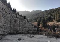 年三十登頂大胡山尋神祕朝陽洞,訪二起山太平莊遺址現斷壁殘垣