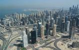 """雲端下的迪拜:大樓千奇百怪,有錢真的能""""為所欲為"""""""