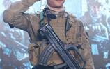 林超賢新電影《紅海行動》發佈會 張譯軍裝照工作人員集體照曝光