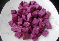 麵粉里加紫薯,顏值高還美味,隔三差五吃一頓
